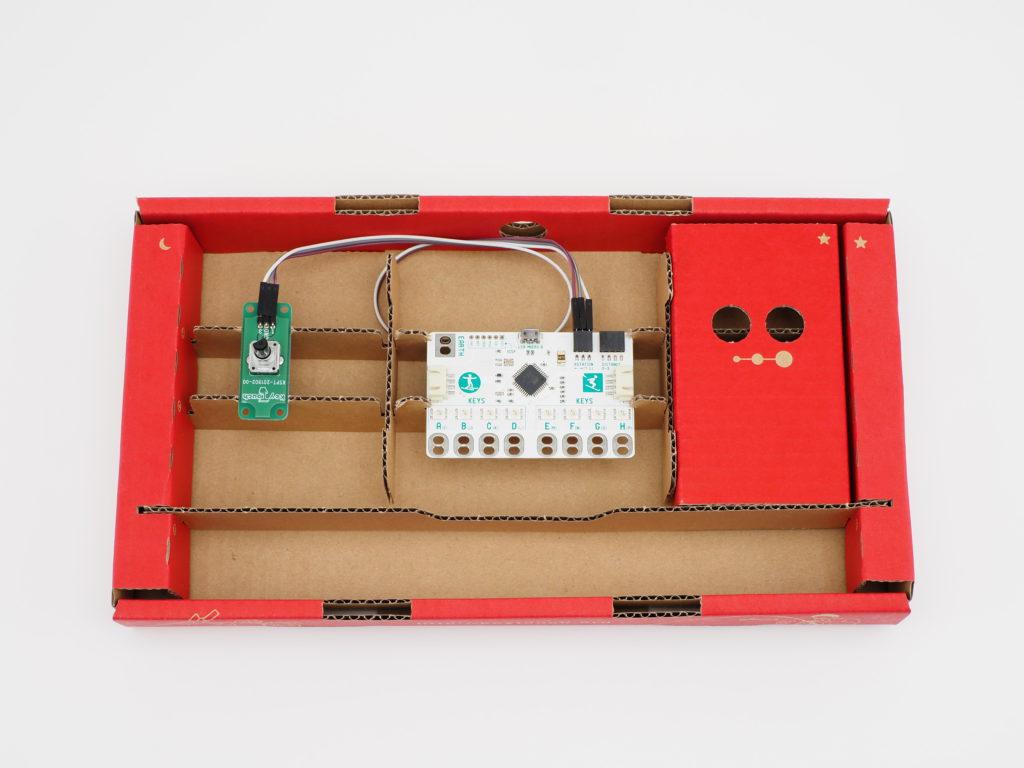 ランチボックスにキータッチとロータリーエンコーダーをセット